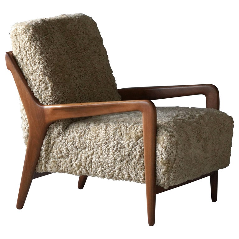 Lucchini & Lissone, Lounge Chair, Stained Beech, Beige Sheepskin, Italy, 1950s For Sale