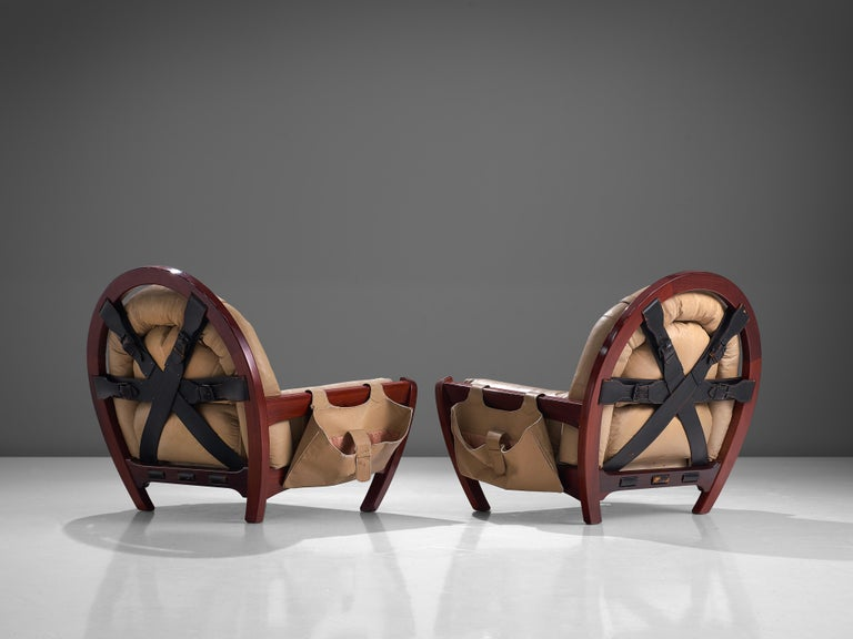 Luciano Frigerio Pair of 'Rancero' Lounge Chairs in Mahogany and Leather For Sale 4