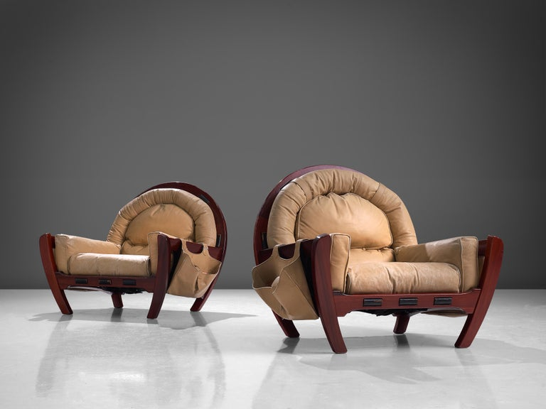Luciano Frigerio Pair of 'Rancero' Lounge Chairs in Mahogany and Leather For Sale 2