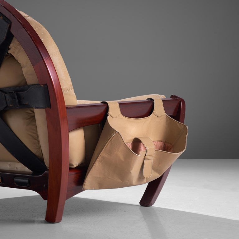 Luciano Frigerio Pair of 'Rancero' Lounge Chairs in Mahogany and Leather For Sale 3