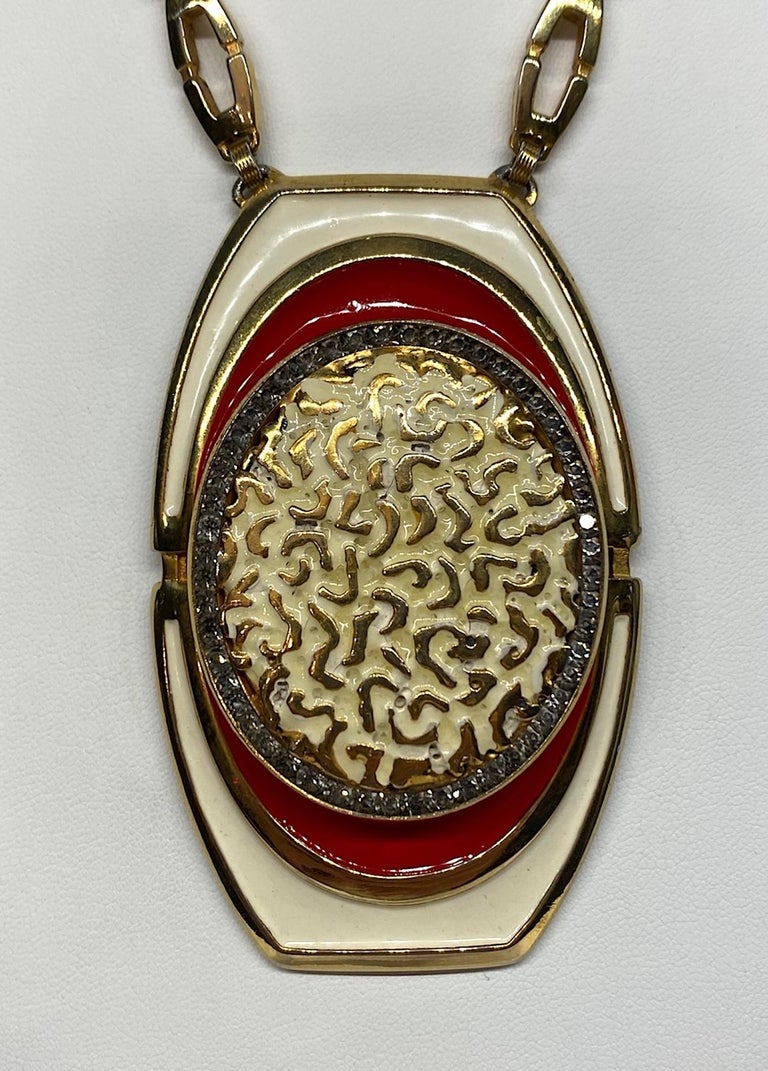Lucien Piccard 1970s Enamel Pendant necklace In Good Condition For Sale In New York, NY