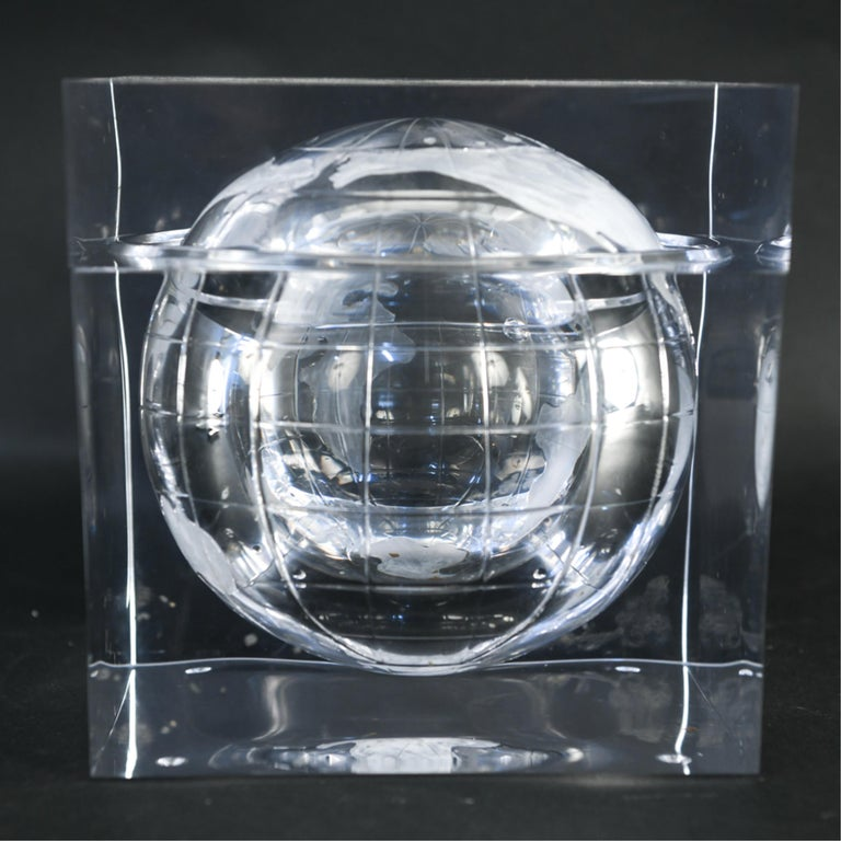 Lucite Globe Ice Bucket For Sale 7
