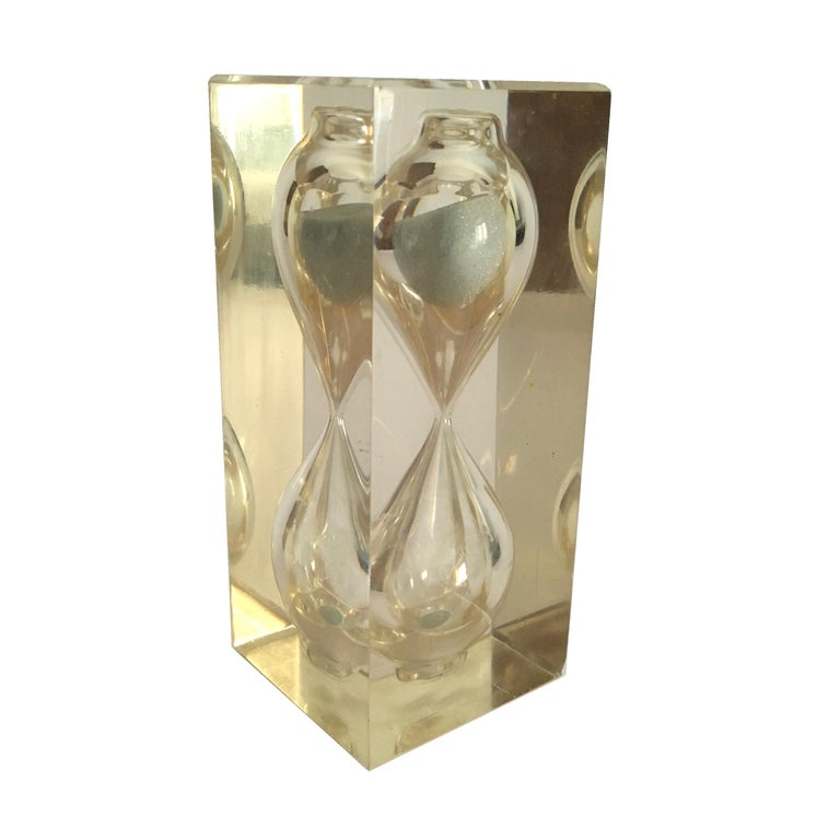 Mid-Century Modern Lucite Hourglass Paperweight by Pierre Giraudon, circa 1970 For Sale