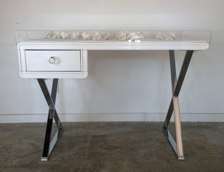 Mid-Century Modern Lucite Object D'art White Lacquer & Metal X Base Desk by AMK for Patricia Kagan