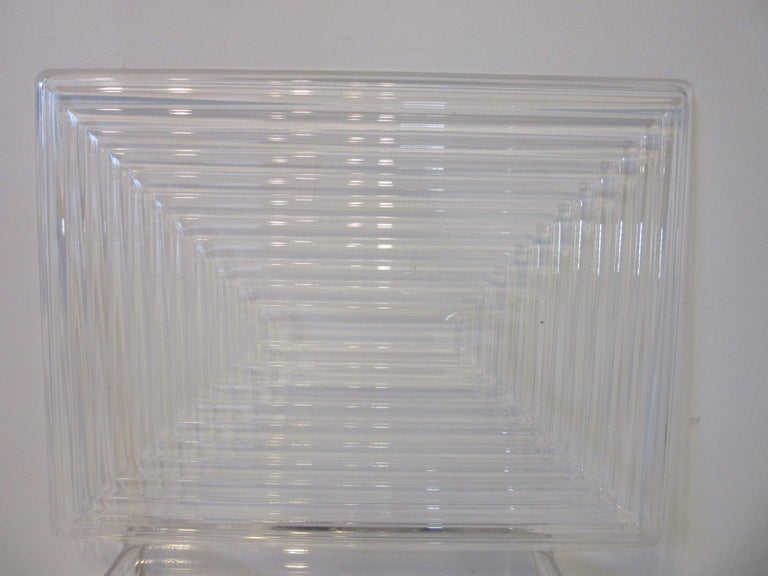 Lucite Serving Tray in the Manner of Eliel Saarinen and Art Deco For Sale 1