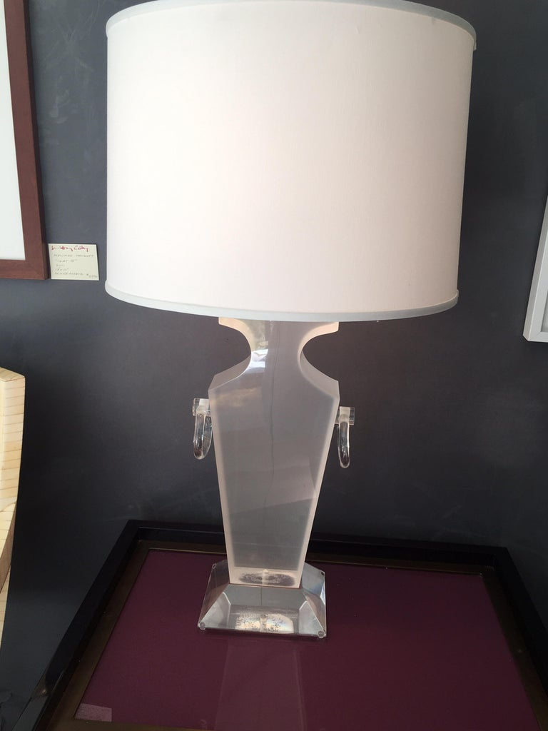 Lucite Urn Shaped Lamp by Karl Springer For Sale 4
