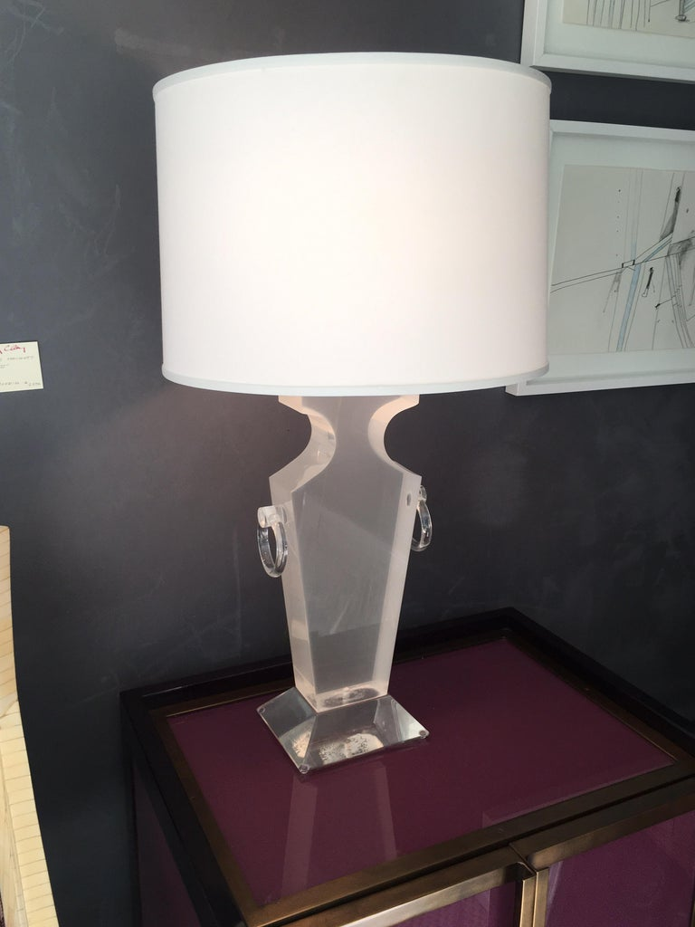 Mid-Century Modern Lucite Urn Shaped Lamp by Karl Springer For Sale