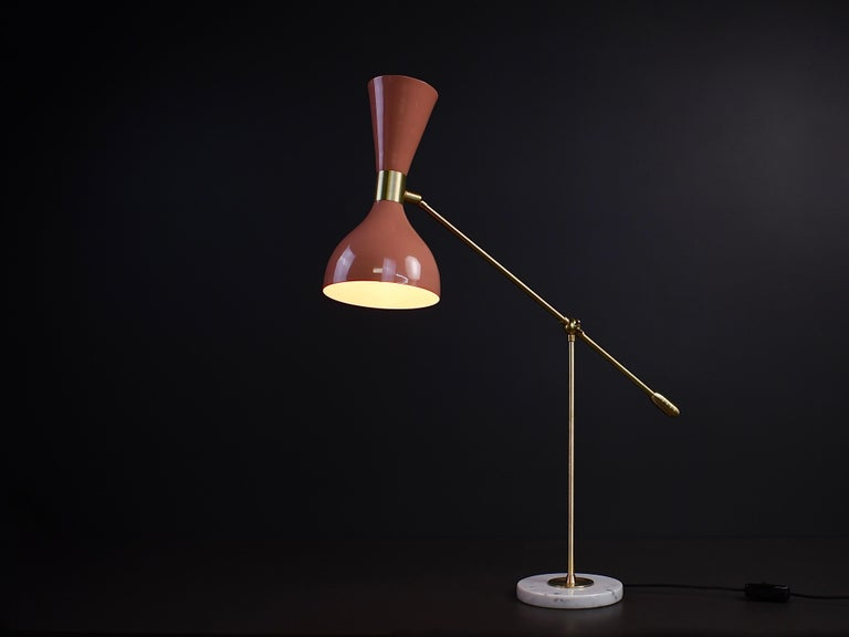 Ludo Desk Lamp or Table Lamp in Pink Enamel and Brass by Blueprint Lighting In New Condition For Sale In New York, NY