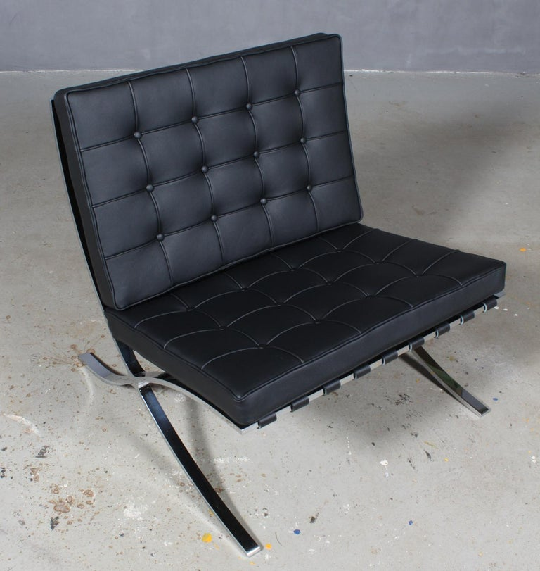 One of the most important and iconic modern chair designs, the Barcelona chair style chair is as stylish and relevant today as when it was first designed in 1929 for the German Pavilion at the Barcelona Exposition. Knoll has been producing the chair