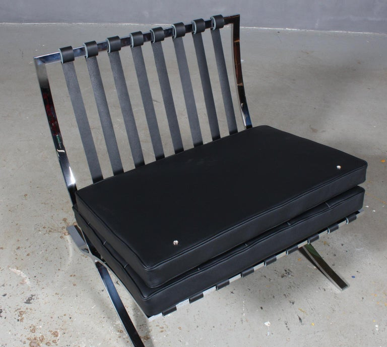 Leather Barcelona-Style Chair For Sale