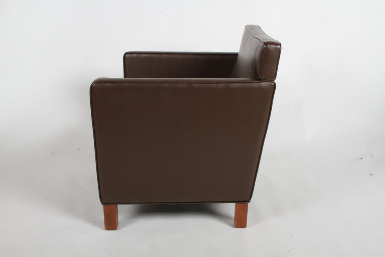Ludwig Mies van der Rohe Krefeld Brown Leather Lounge Chair for Knoll In Good Condition For Sale In St. Louis, MO