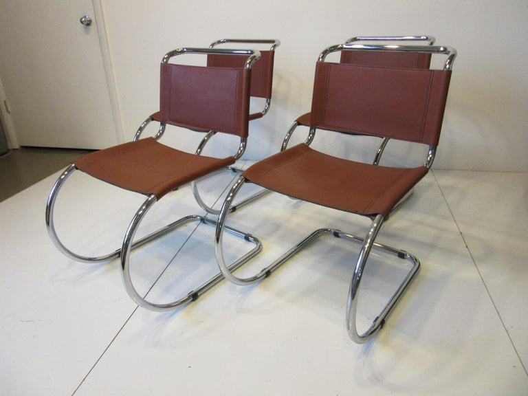 Ludwig Mies van der Rohe MR -10 Leather / Chrome Cantilever Dining Chairs For Sale 3