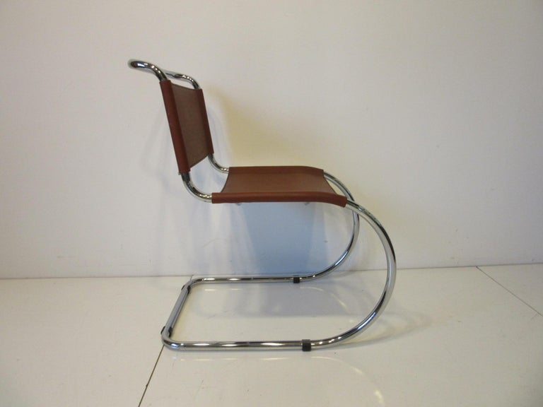 International Style Ludwig Mies van der Rohe MR -10 Leather / Chrome Cantilever Dining Chairs For Sale