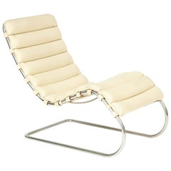 Ludwig Mies van der Rohe MR Chaise for Knoll, circa 1980s