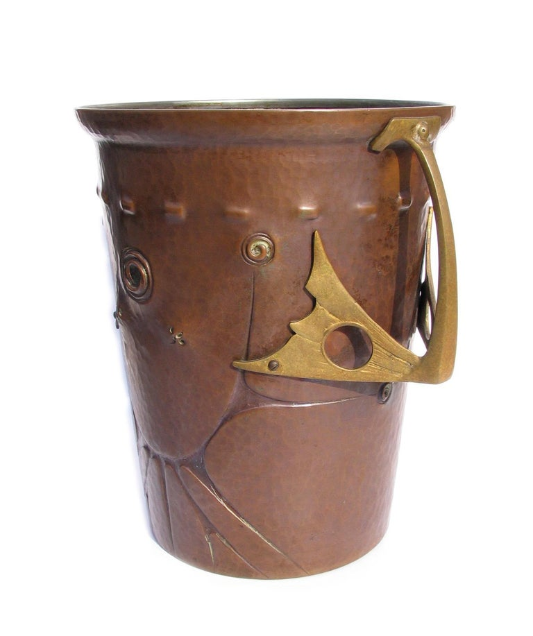 Metalwork Ludwig Vierthaler Art Nouveau Copper and Bronze Ice Bucket, circa 1906 For Sale