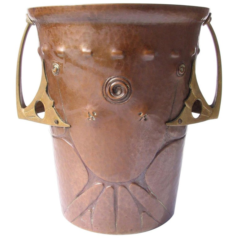 Ludwig Vierthaler Art Nouveau Copper and Bronze Ice Bucket, circa 1906 For Sale