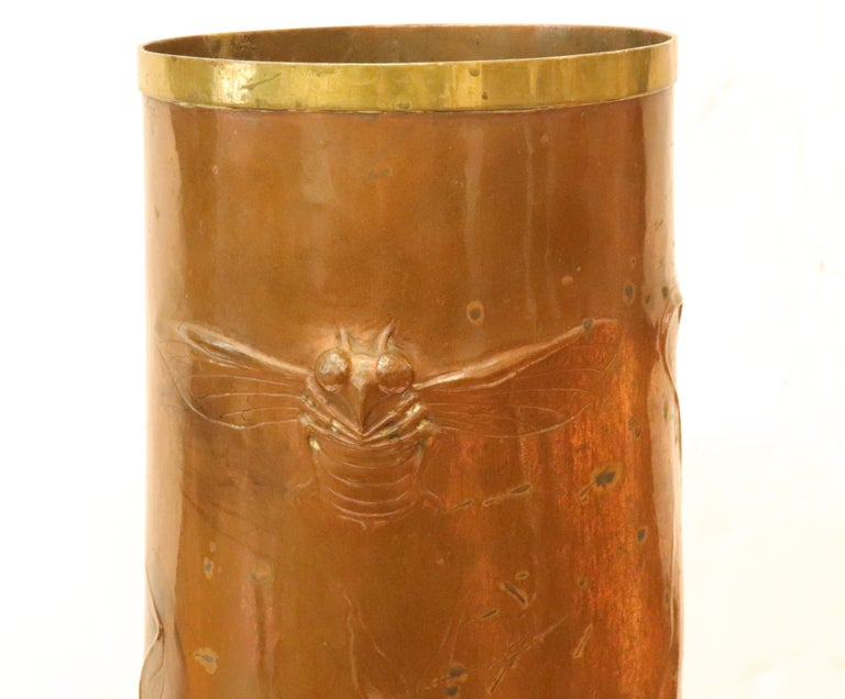 Repoussé Ludwig Vierthaler German Jugendstil Lizard & Dragonfly Repousse Copper Vase For Sale