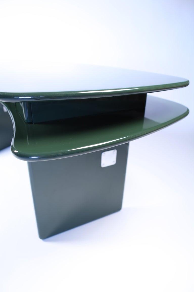 Luigi Caccia Dominioni, Sciabola Desk SCR7 in Dark Green, Edition Azucena, 1979 For Sale 2