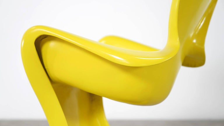 Luigi Colani, Set of Four Ultraorganic Lounge Chair, Yellow Fiberglass For Sale 1