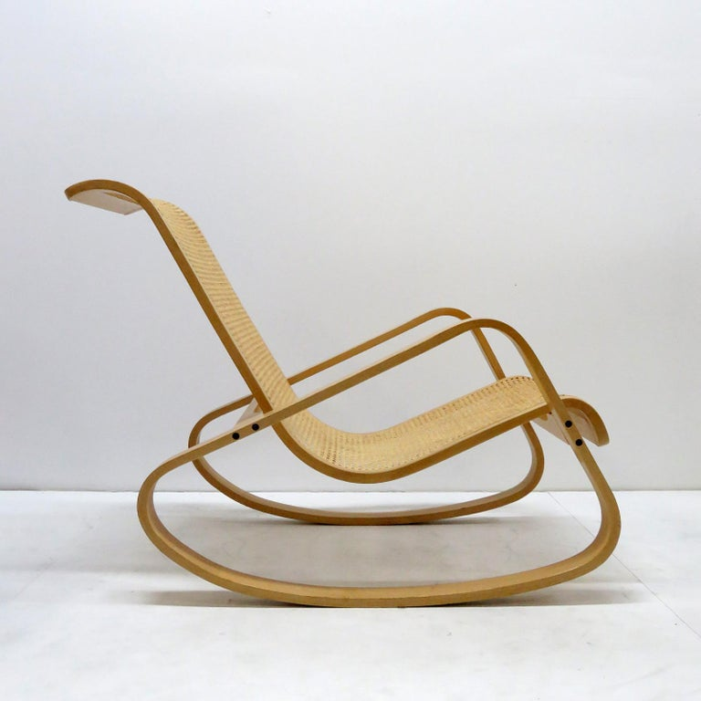Luigi Crassevig 'Dondolo' Bentwood Rocking Chair, 1970 In Good Condition For Sale In Los Angeles, CA