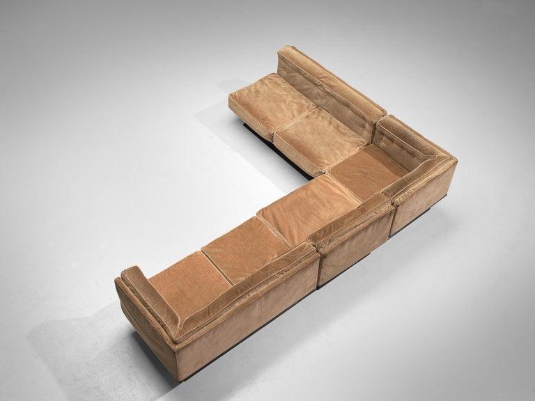 Luigi Pellegrin for MIM Roma Sectional Sofa in Light Brown Velvet Upholstery For Sale 2