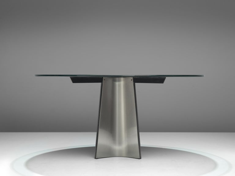 Luigi Saccardo Dining Table in Metal and Glass In Good Condition For Sale In Waalwijk, NL