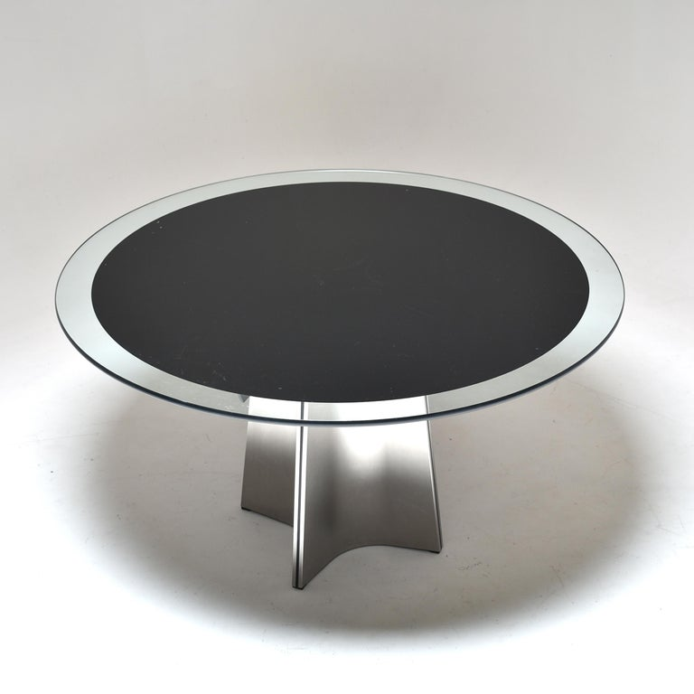 Mid-Century Modern Luigi Saccardo for Armet Pedestal Round Dining Table, 1970, France For Sale