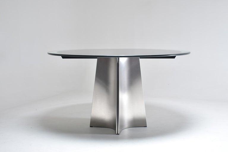 Italian Luigi Saccardo for Armet Pedestal Round Dining Table, 1970, France For Sale