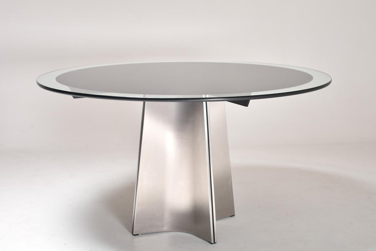 Luigi Saccardo for Armet Pedestal Round Dining Table, 1970, France For Sale 1