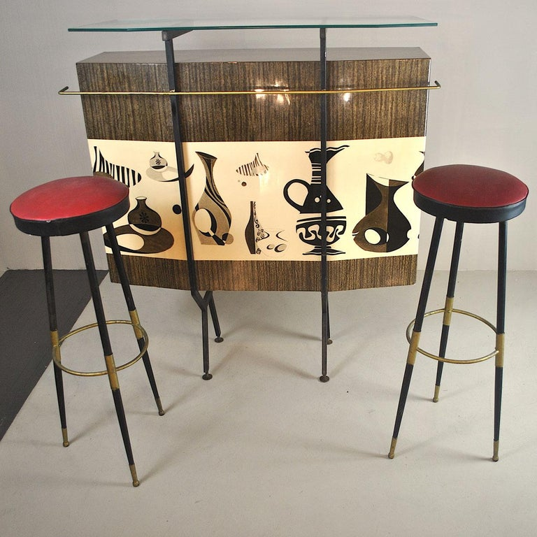 Luigi Scremin Italian Cabinet Bar with Two Stools from the 1960s For Sale 7