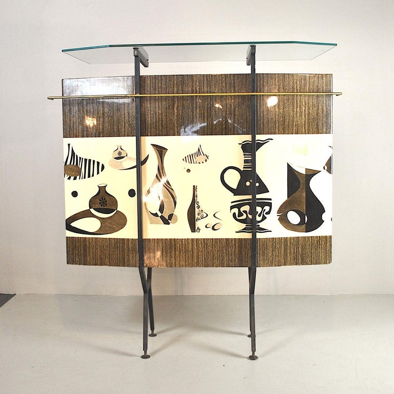 Luigi Scremin Italian Cabinet Bar with Two Stools from the 1960s In Good Condition For Sale In bari, IT