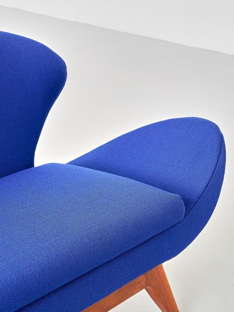 Luigi Tiengo Sofa in Walnut and Blue Raf Simons Fabric for Cimon Montréal, 1963 For Sale 1