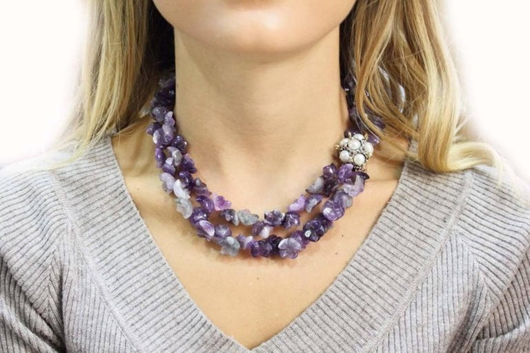 Luise Amethyst Multistrnds and Pearls Rubies and Gold Clasp Necklace In Good Condition For Sale In Marcianise, Caserta