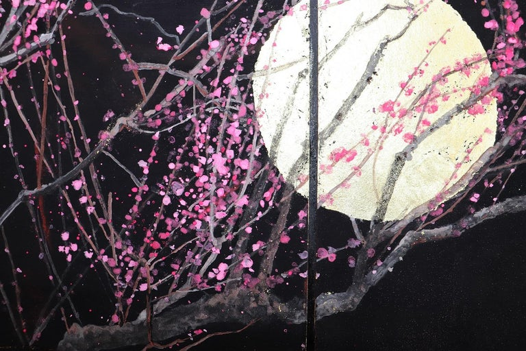 Nocturn III is a diptych painting composed of two panels, 27.3 cm x 24.2 cm each. Japanese pigments, gold leaves on cardboard, 2018. In this series of figurative paintings, Lumi Mizutani pays homage to Japan and its wonderful landscapes especially