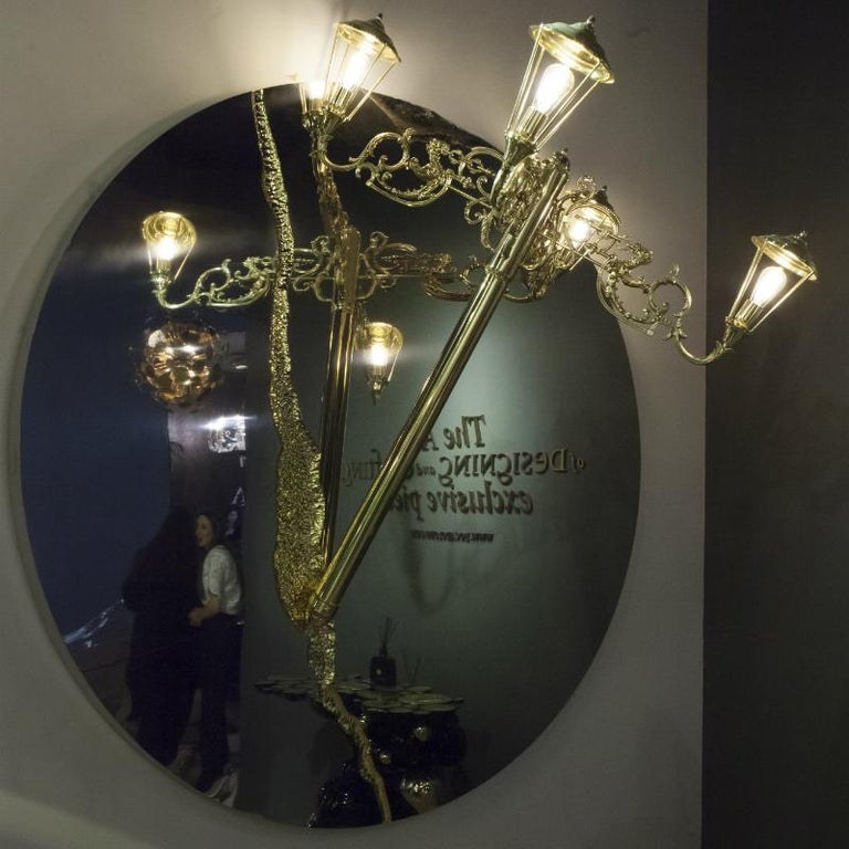 Modern Lumière Round Mirror Lamp in Glass and Gold-Plated Brass For Sale
