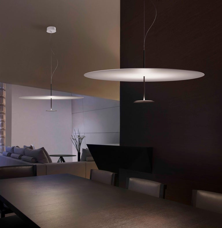 Lumina Dot Small Pendant Light in Black by Foster+Partners In New Condition For Sale In New York, NY
