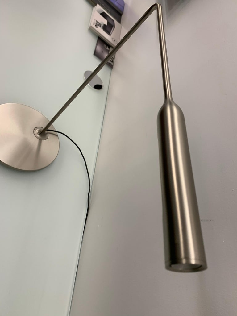 Lumina Flo Desk Lamp in Brushed Nickel by Foster+Partners For Sale 1