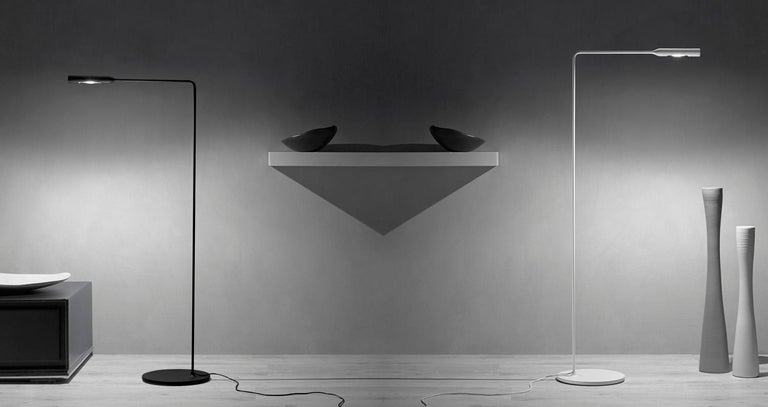 Lumina Flo Lounge Floor Lamp in Brushed Nickel by Foster+Partners In New Condition For Sale In New York, NY