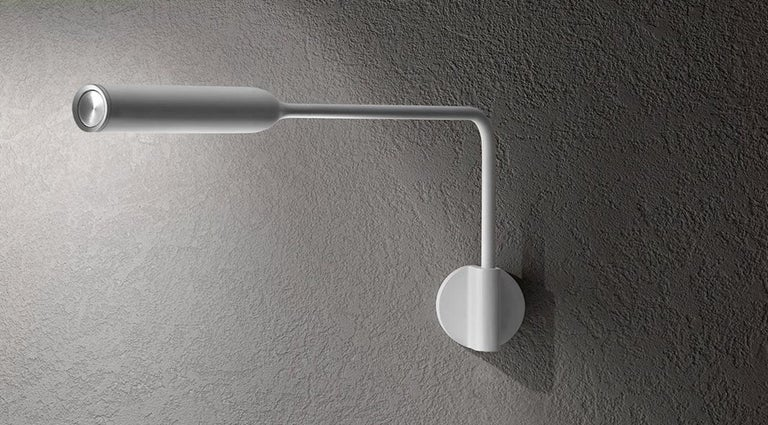 Italian Lumina Flo Wall M Lamp in Matte Red by Foster+Partners For Sale