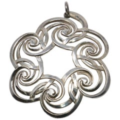 Lunt Sterling Wreath Ornament, 2001