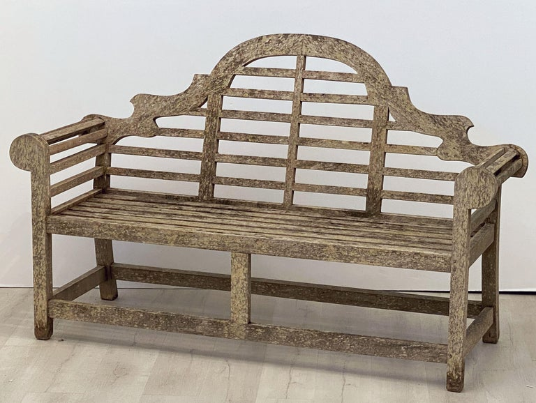 Lutyens Style Teak Garden Bench Seat from England In Good Condition For Sale In Austin, TX