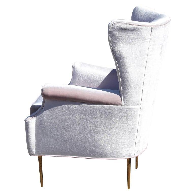 Hollywood Regency Luxe Pair of Brass Legged Modern Italian Wingback Chairs in Light Pink Velvet For Sale