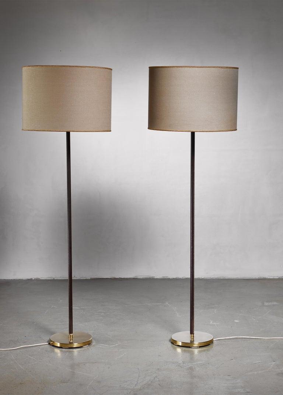 Luxurious, Minimal Floor Lamp by J.T. Kalmar, Austria, 1960s In Good Condition For Sale In Maastricht, NL