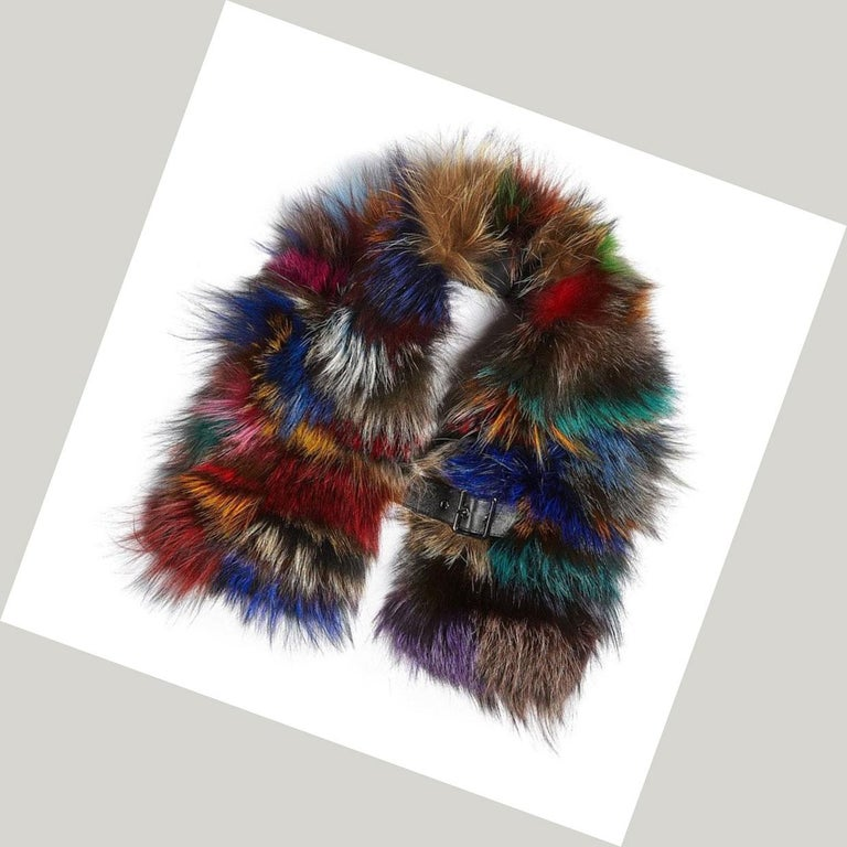 Women's or Men's Luxurious Natural Silver and Multi-Colored Fox Fur Collar For Sale