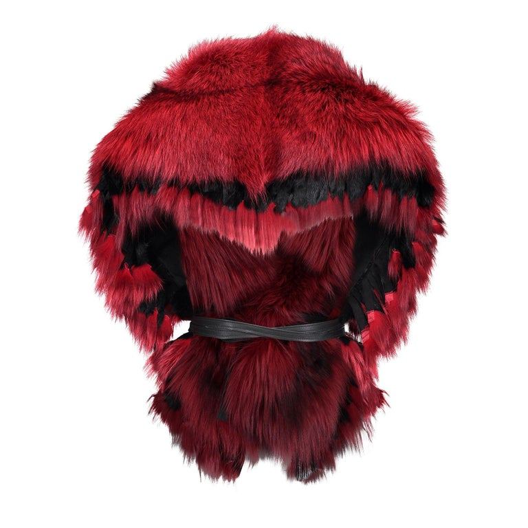 Luxurious Oversized Fuchsia Fox Fringe Fur Statement Stole Wrap In New Condition For Sale In Montreal, QC