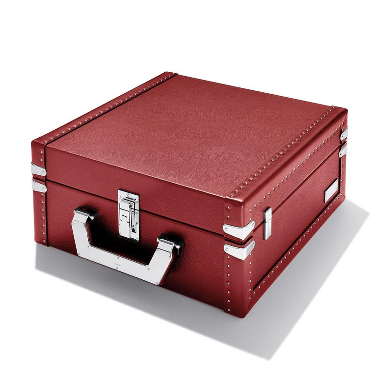 Luxury Cuban Black or Red Suitcase For Sale 3