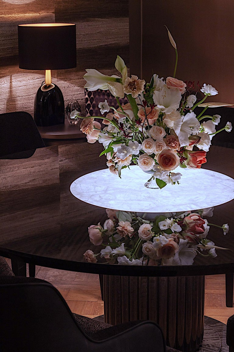 Luxury Round Dining or Conference Table with Quartz Insert, Customizable For Sale 4