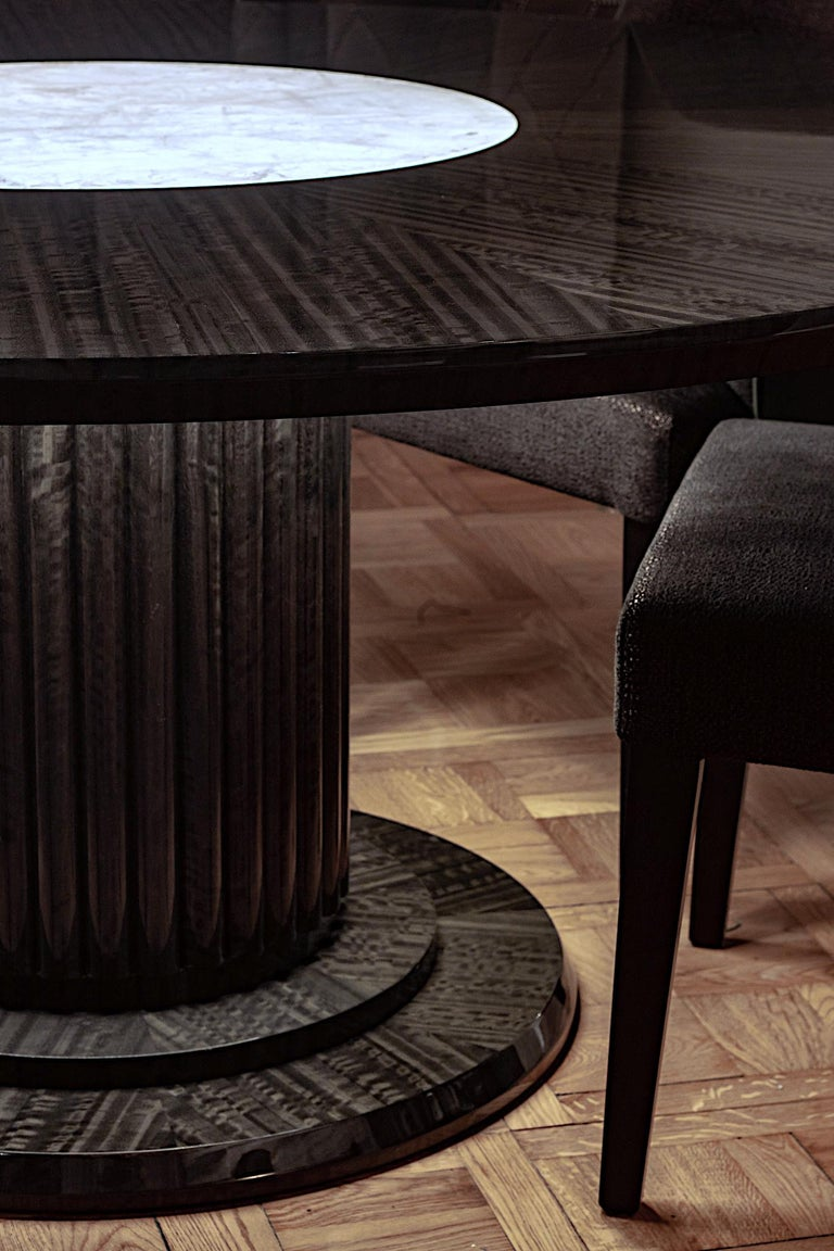 Contemporary Luxury Round Dining or Conference Table with Quartz Insert, Customizable For Sale