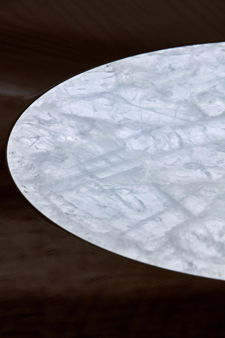 Veneer Luxury Round Dining or Conference Table with Quartz Insert, Customizable For Sale