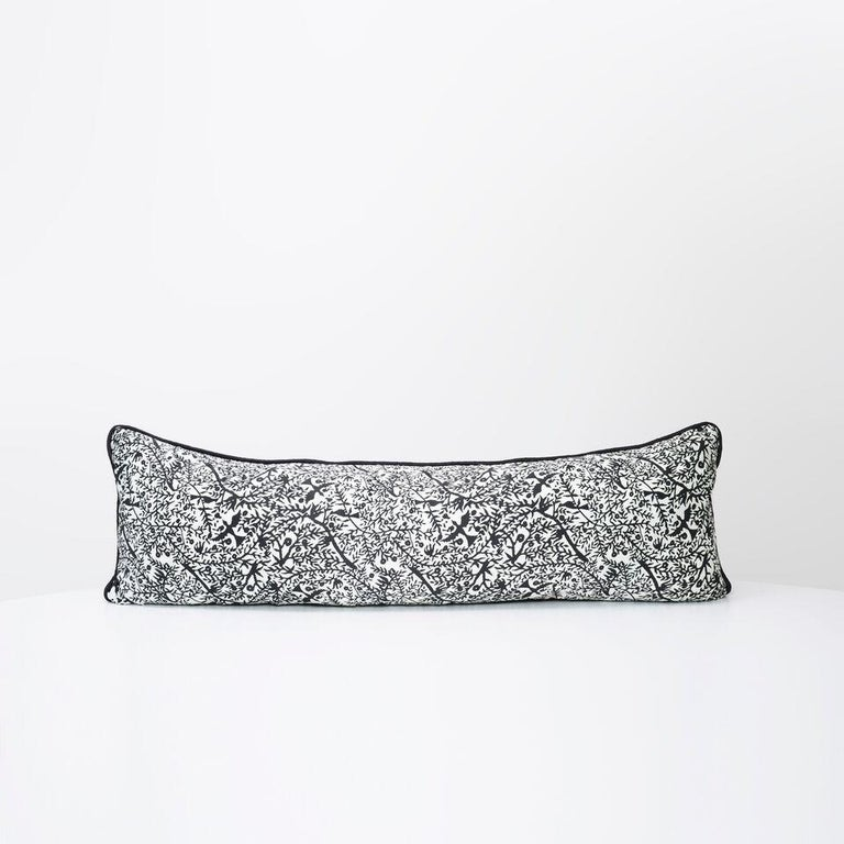 Contemporary Merino Black King Size Blanket with Grey Print Border by JG SWITZER For Sale